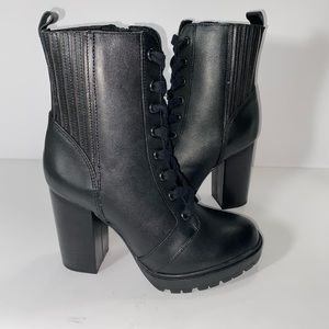 NEW STEVE MADDEN LEAD LACE UP BOOTIE